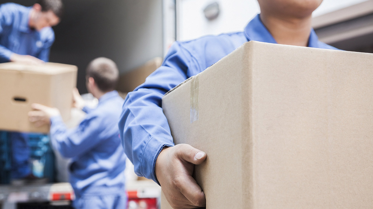 Como é feito o transporte de cargas no Brasil?